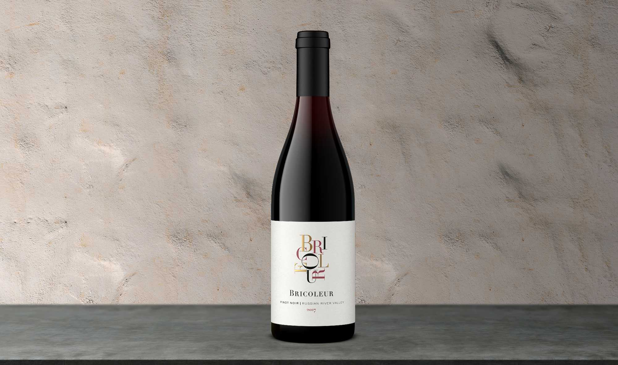 2017 Estate Pinot Noir bottle